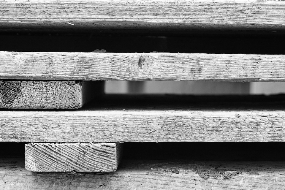 Wooden Pallet History